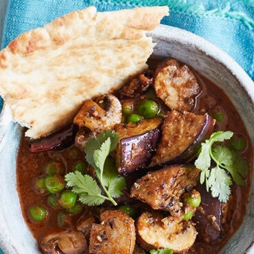 Peppery Mushroom, Aubergine and Pea Curry